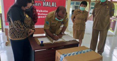 Pemkab Kaimana Terima Bantuan Alat PCR dari Tim dr. Rosaline Rumaseuw M.Kes